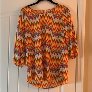 Yahada orange chevron top